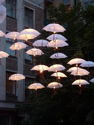 umbrella floating lights
