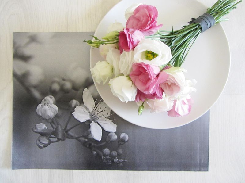 DIY black and white placemats