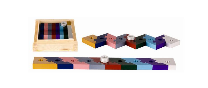 lili puzzle menorah