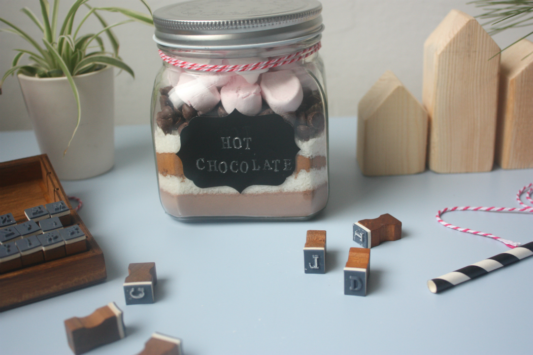 stamped chalkboard tags for jars tuturial