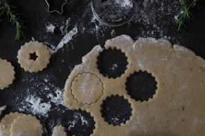 אוכל: עוגיות רוזמרין לימונית וגנאש