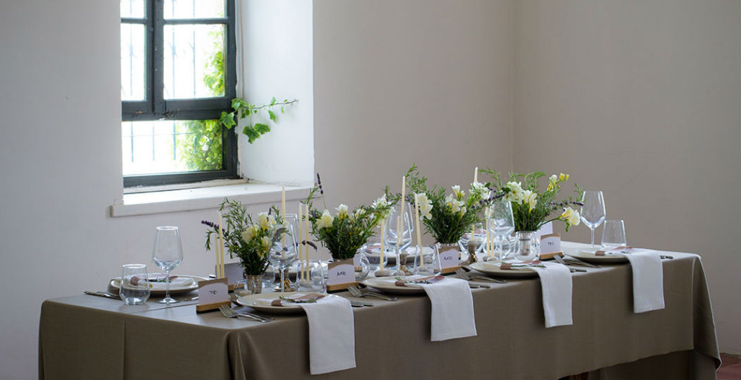 liday tablescape in ein carem