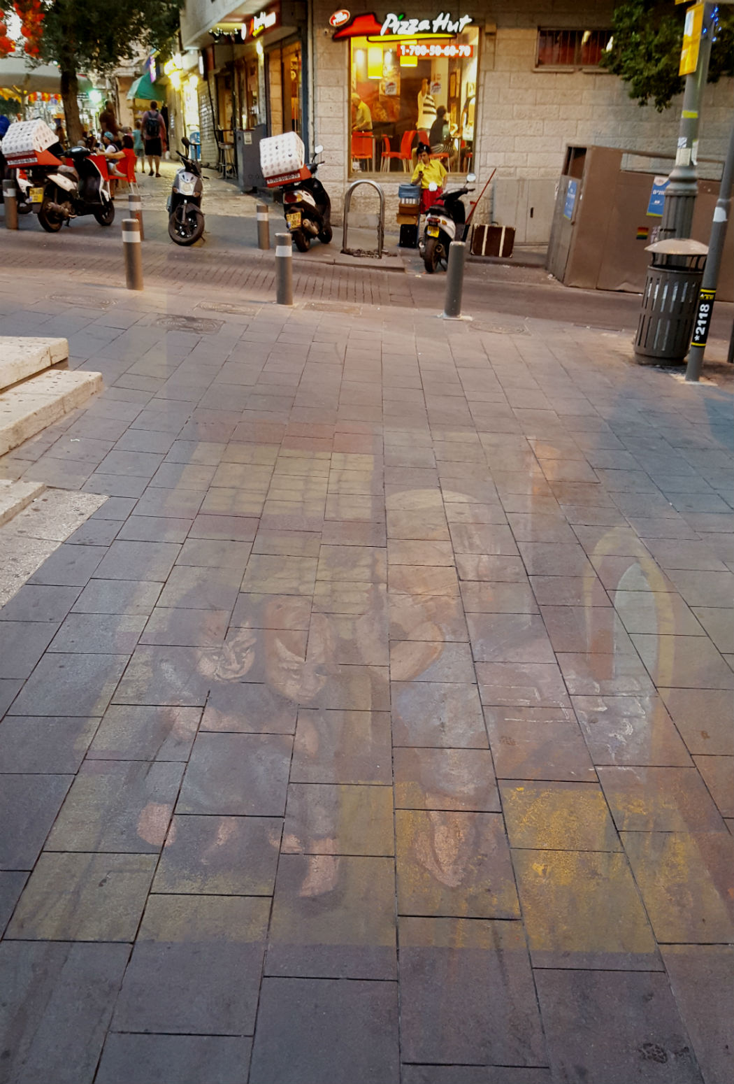 Street art Jerusalem Town Center summer festivals 2016 (3)Ssidewalk chalk drawings