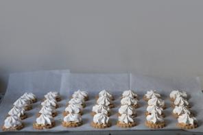 לאכול: עוגיות כוסמין, שקדים ומרנג