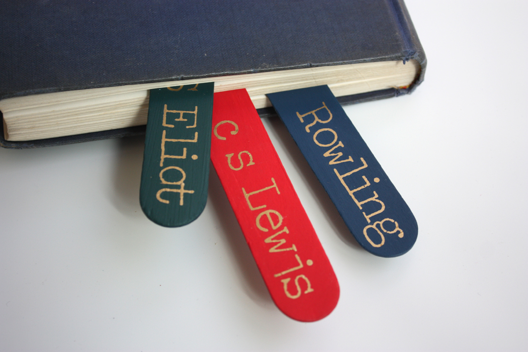 make literary bookmarks with authors initials f