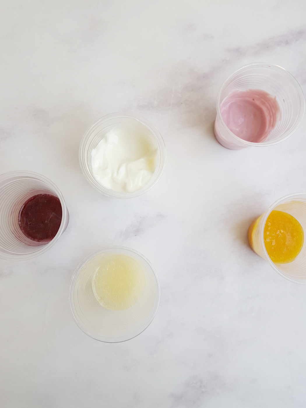colourd frozen yogurt ice cubes