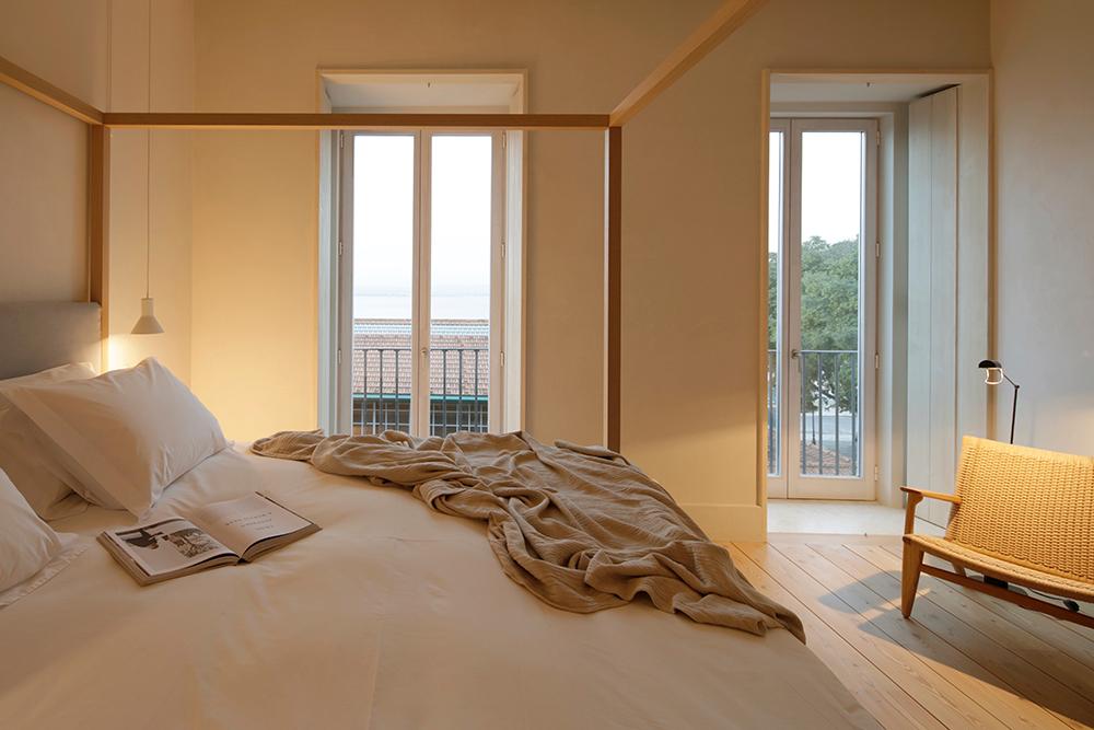 bedroom SantaClara1728_Lisbon Hotel_by AiresMateus (3)