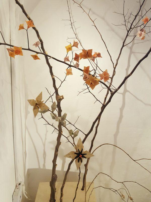 shani freeman jerusalem design week 2019 paper flower installation