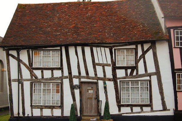 fantasy crooked houses